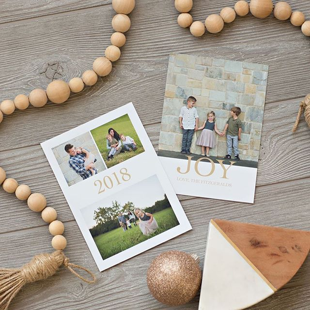 Looking for some modern designs for your Christmas cards? Check our our new templates at V Gallery Haven! #photographers #designers #templates #christmascards #vgalleryhaven