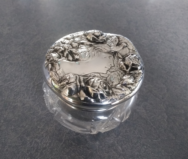 Foster- Bailey Powder Jar Lid with Victorian Lady