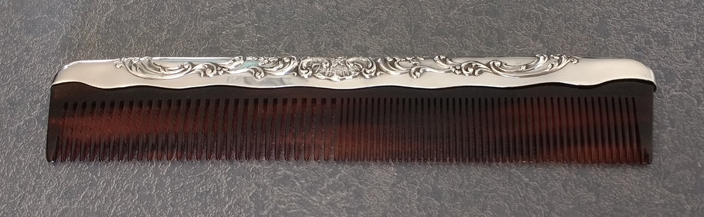 Sterling silver fitter with decorative comb replacement
