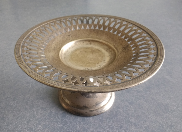 20th century sterling silver candy dish dull with tarnish and dust