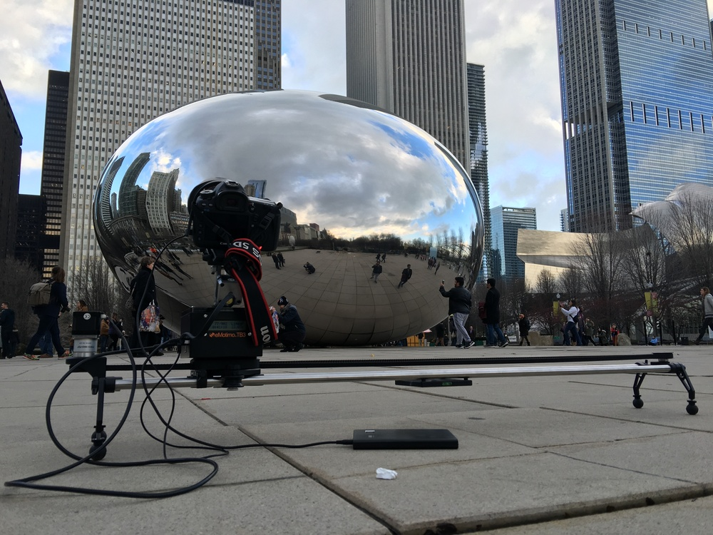 Timelapse at Chicago's Cloud Gate - Driver vs Driver