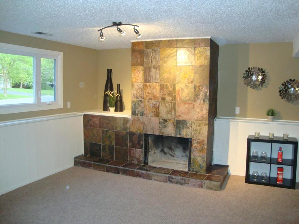 10880 Hollywood Fireplace - after