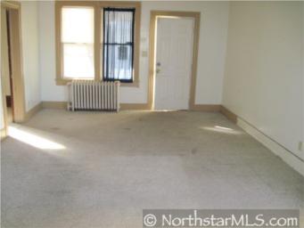 956 Clark Living Room - before