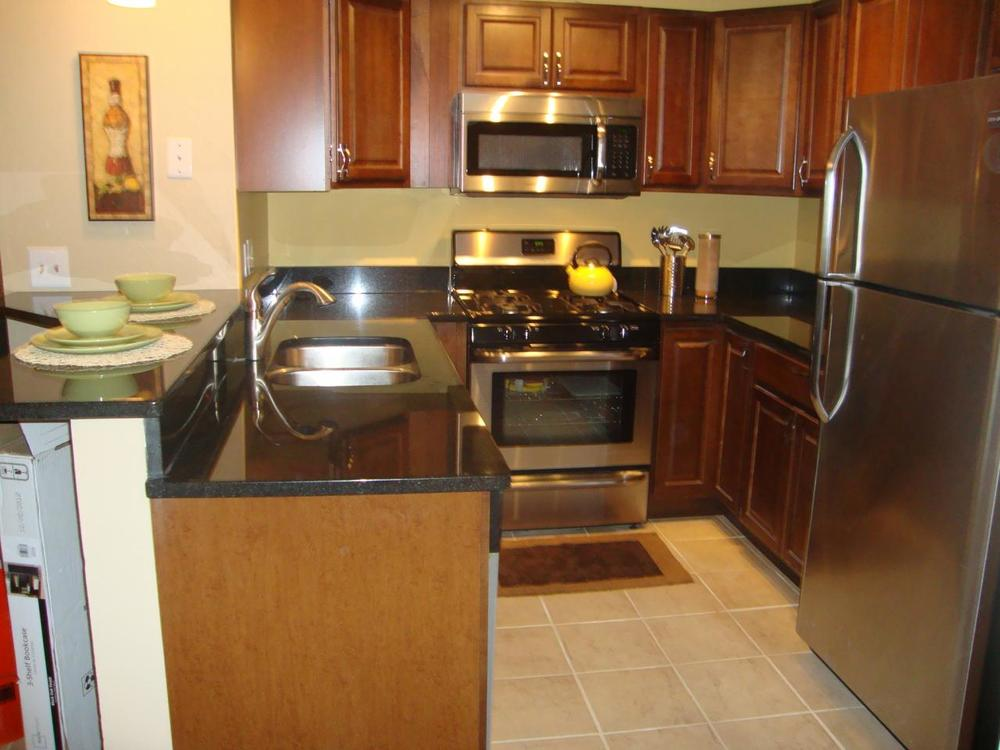 3837 Conroy Kitchen - after