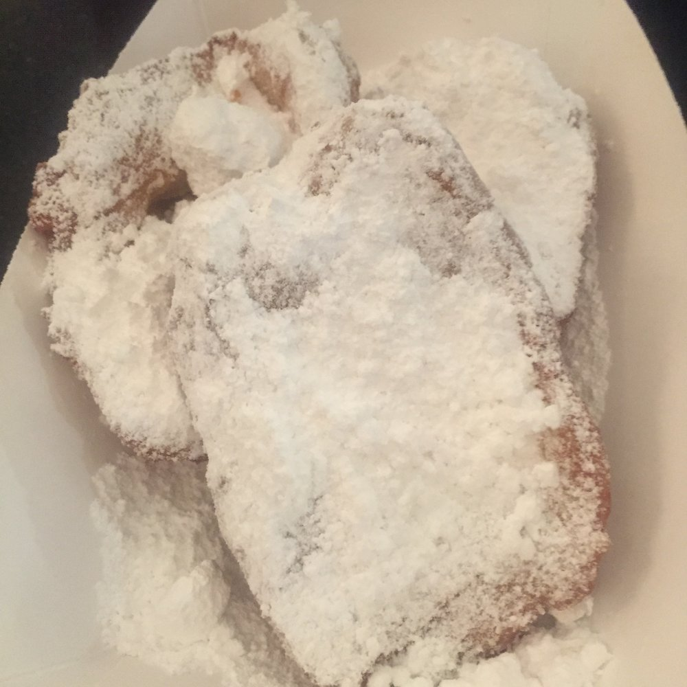 Lick-the-plate-good food in New Orleans by Eleanor Currier for The Doubtful Traveller