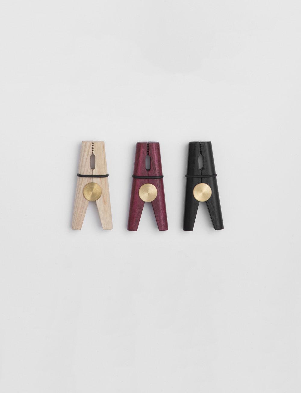 Gabriel Tan_Clothes pin 1.jpg