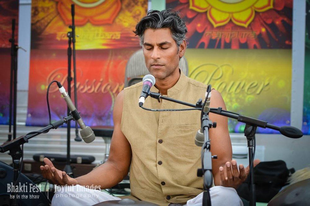 Bhakti Sitting2.jpg