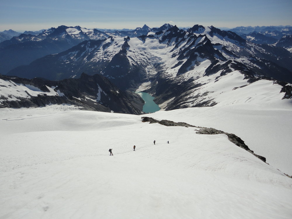 Rachel leading out of Inspiration Glacier in the North Cascades. Photo by Martin Arteaga.