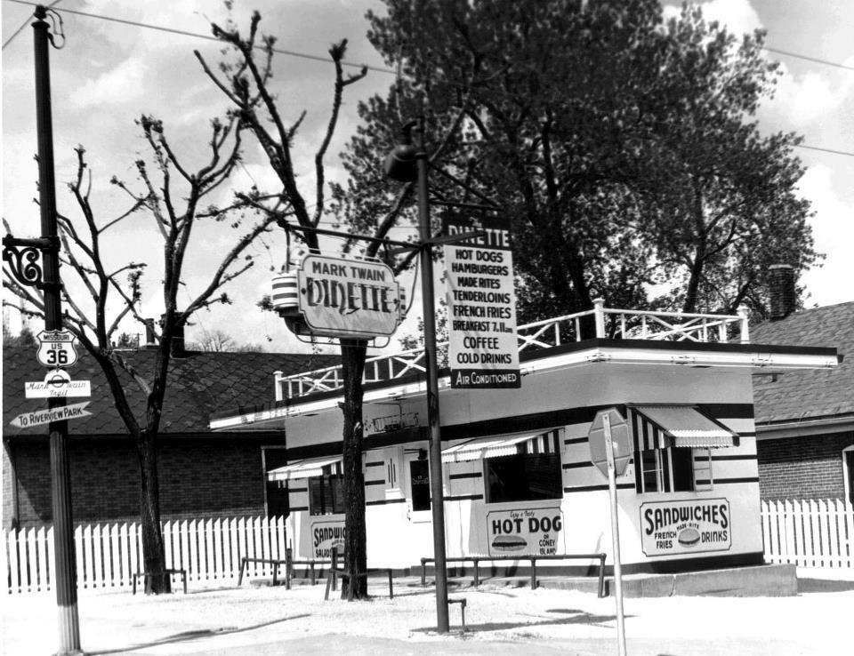 1945 Diner - Mark Twain Dinette - Hannibal, MO Restaurant and DIner