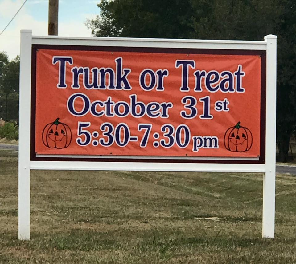10/31: Clover Road Christian Church Trunk-or-Treat - 5:30-7:30pm at Clover Road Church. Call (573) 221-5130 for more information