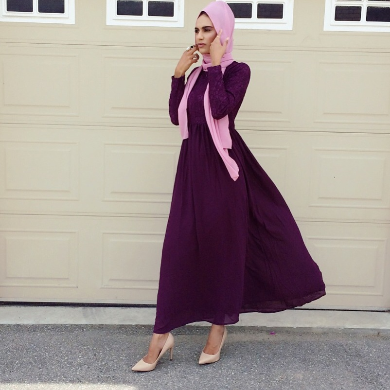 Zaheera pairs a soft pink chiffon hijab ($17) with a plum lace & chiffon dress ($70) from Hijabimama and nude pumps for a formal look in gorgeous fall hues.