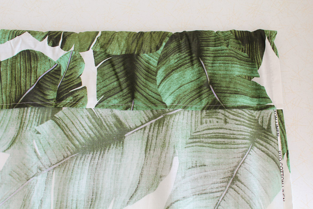 how-to-make-leaf-print-curtains.jpg