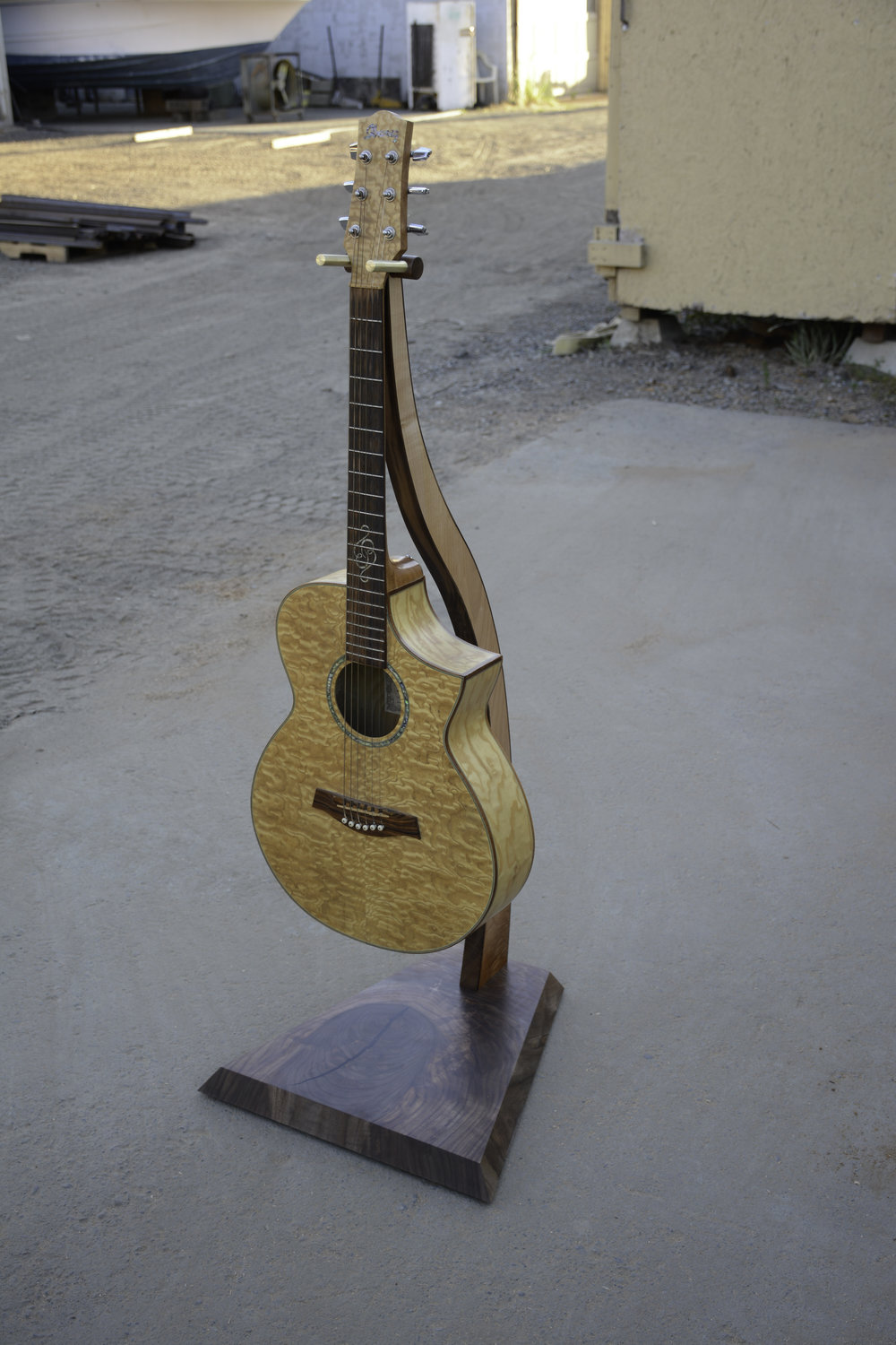Guitar stand in walnut.jpg