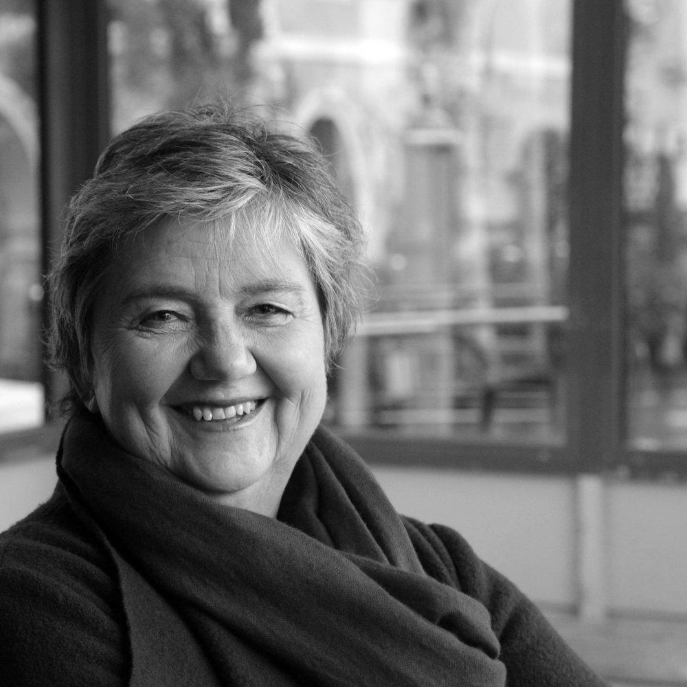 Christine Bauer -