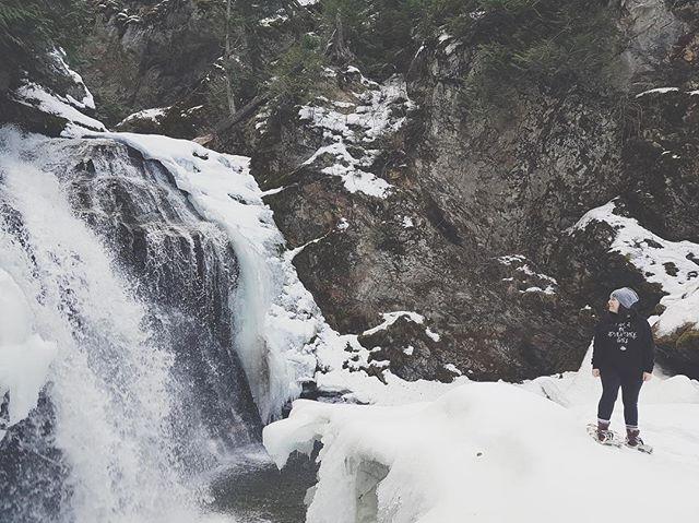 Who's ready for snowshoeing?!?! #bcadventuregirls  #womenwhoexplore #explorebc
