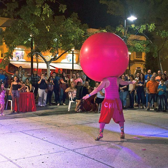 """Paseo de Los Artistas, Caguas. El espectáculo de """"Chicle"""" #enfoquemos @chicleclown"""