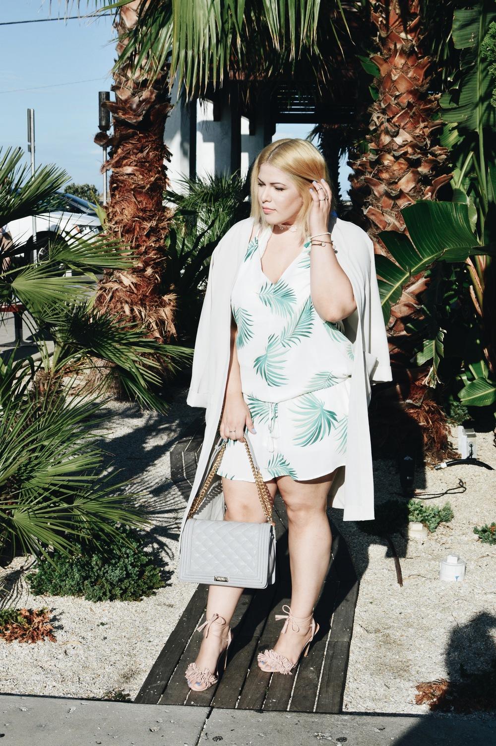 Heels   Charlotte Russe  , Duster Coat   H&M  , Choker   Forever21,