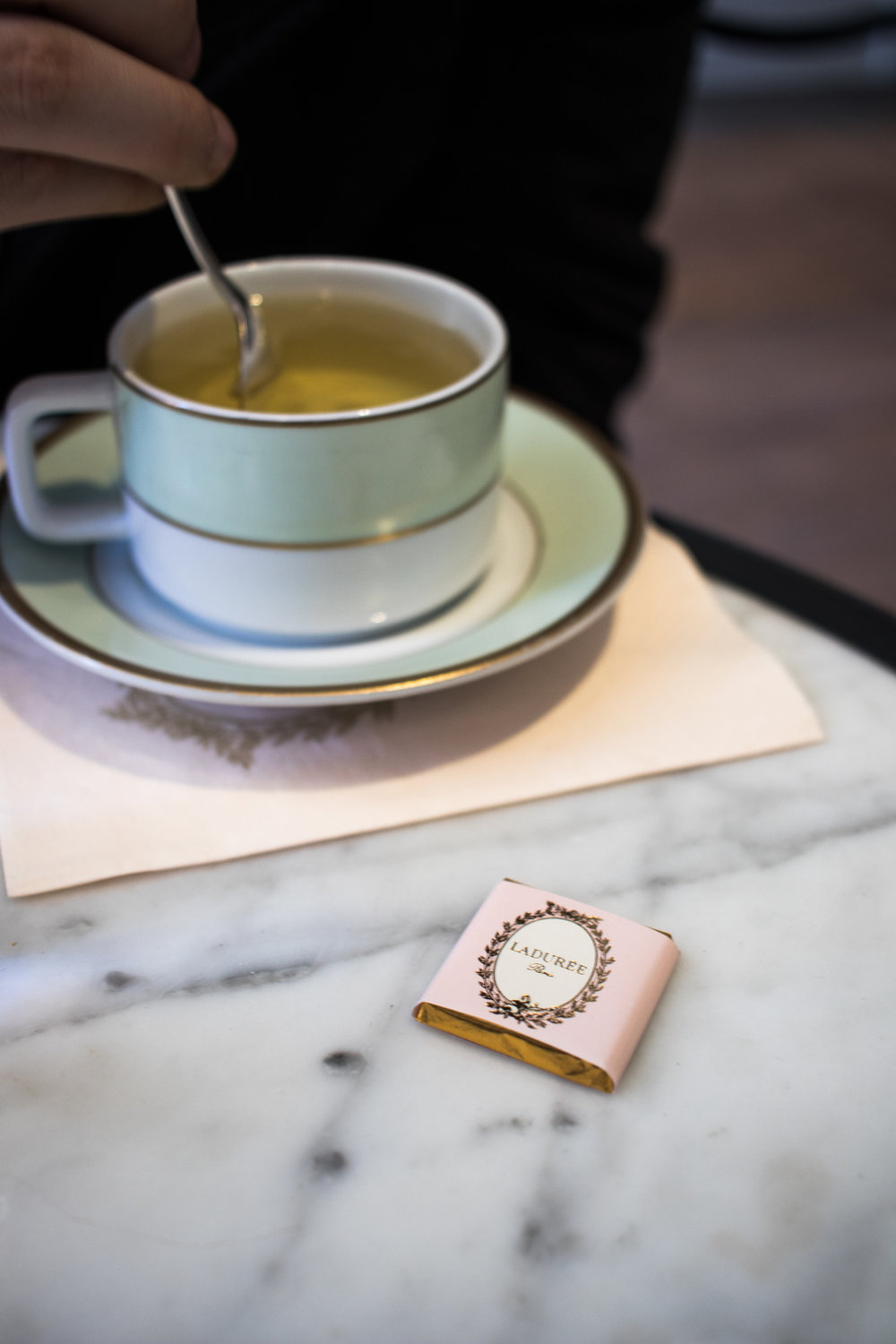 top-instagrammable-spots-in-nyc-melrose-moda-melrose-elise-laduree-soho