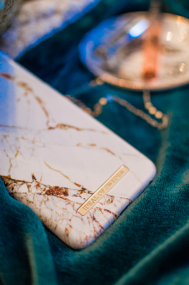 ideal-of-sweden-us-melrose-moda-melrose-elise-iphone-cases-marble-phone-cases