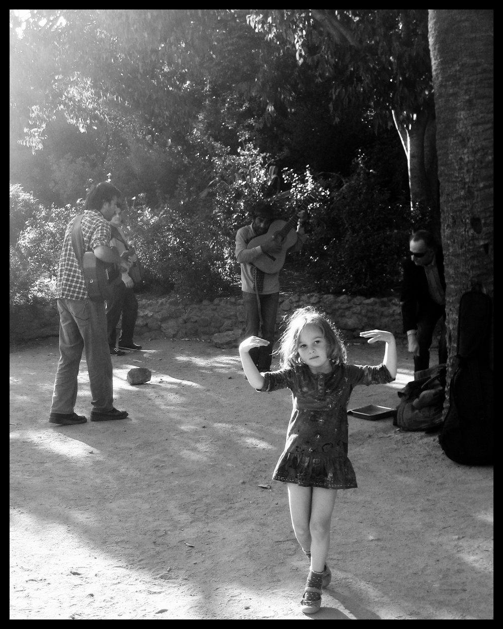 Girl Dancing 2, Barcelona