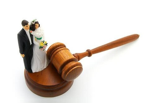 Cumming Divorce, Family & Wills Lawyer | The Lilly Law Firm Prenuptial Agreement Prenup - Attorney in Cumming, Forsyth County, Gwinnett County Georgia