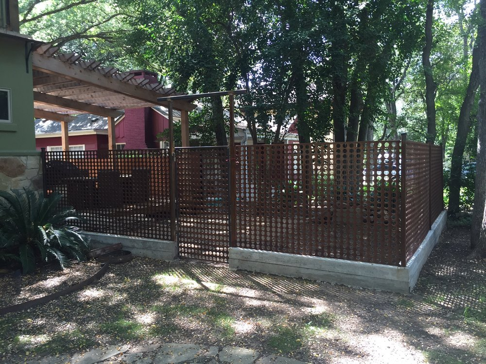 Decorative Side Yard enclosure