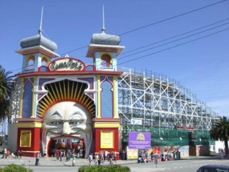 PL Luna Park 2.jpg