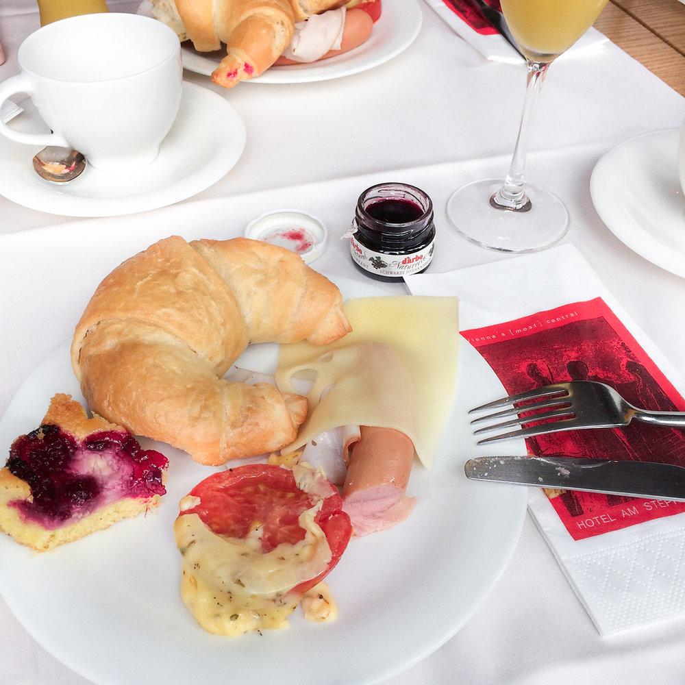 omemories_stephansplats_breakfast-2.jpg