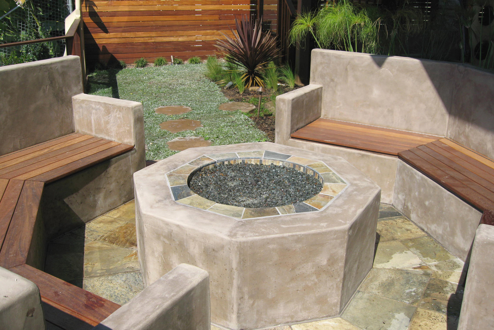 Octagon Shape Fire Pit with Seats.Ketti Kupper.jpg