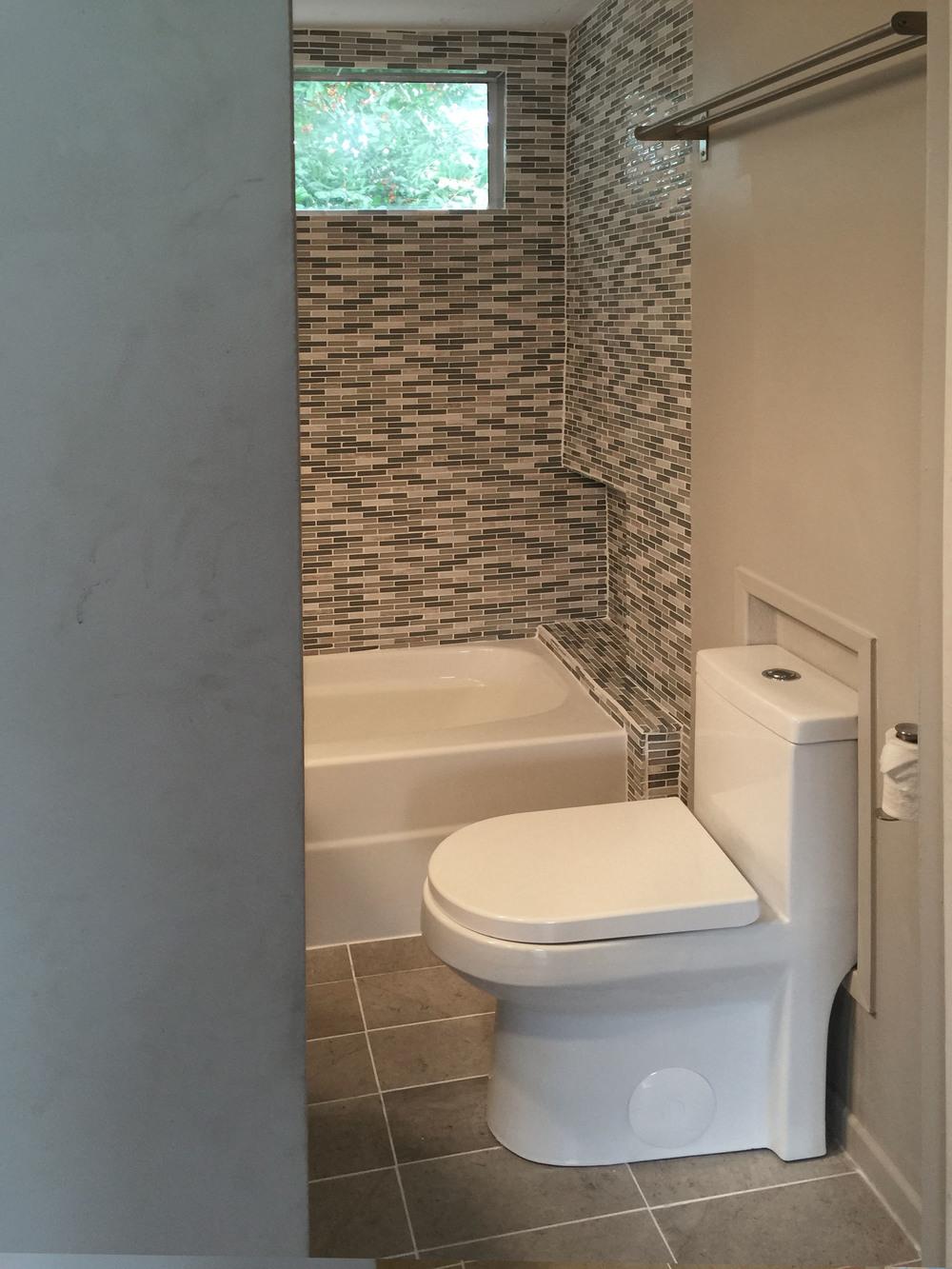 Upper Bath 3.jpg