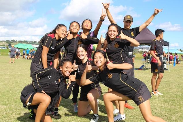 Students from Hamilton Boys and Girls, 2017 Ki o Rahi Nationals