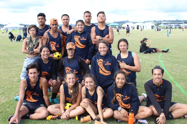 Students from Kawakawa mai Tawhiti, 2017 Ki o Rahi Nationals