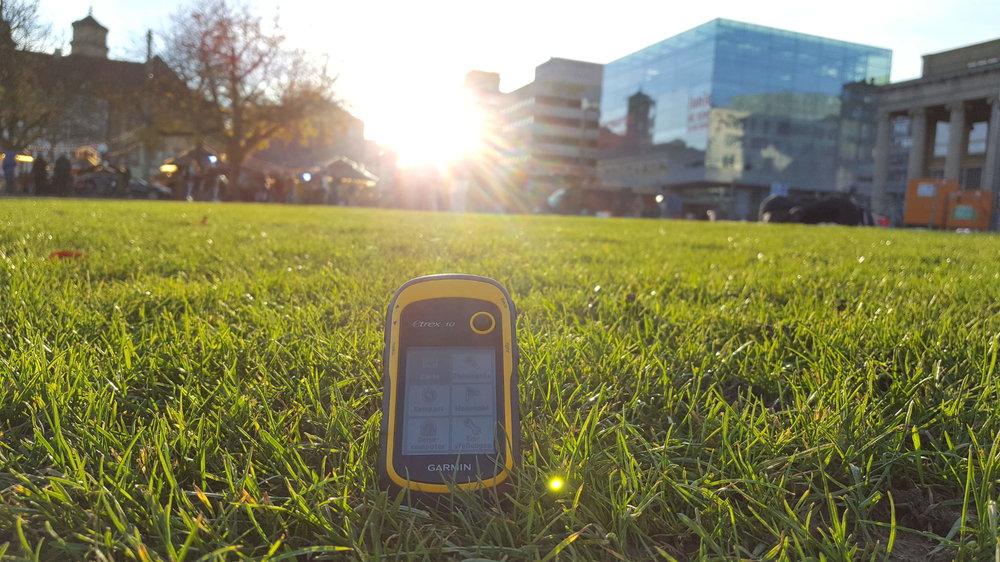 Geocaching Tour unter den letzten Sonnenstrahlen in Stuttgart