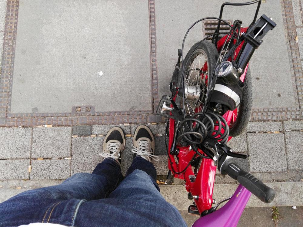 Geocaching in Stuttgart mit Faltrad. Bereit fürs nächste Teamevent!