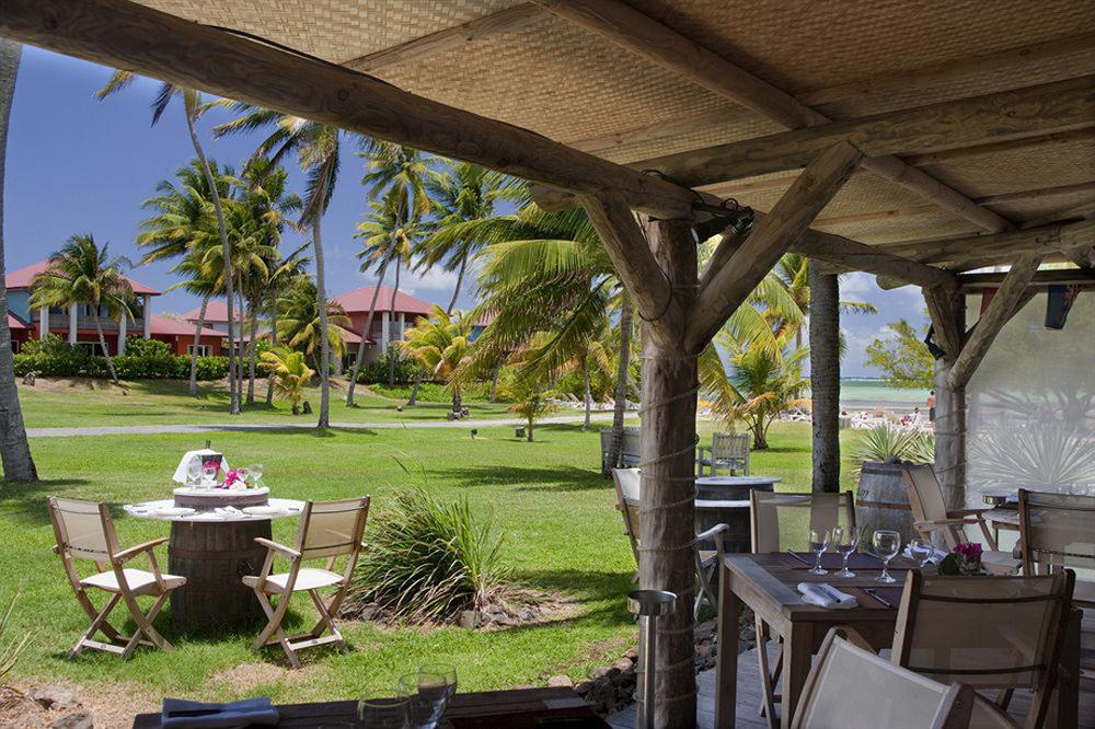le-cap-est-lagoon-resort-spa-le-francois-image-5329c9485782b0e48672687d.jpg