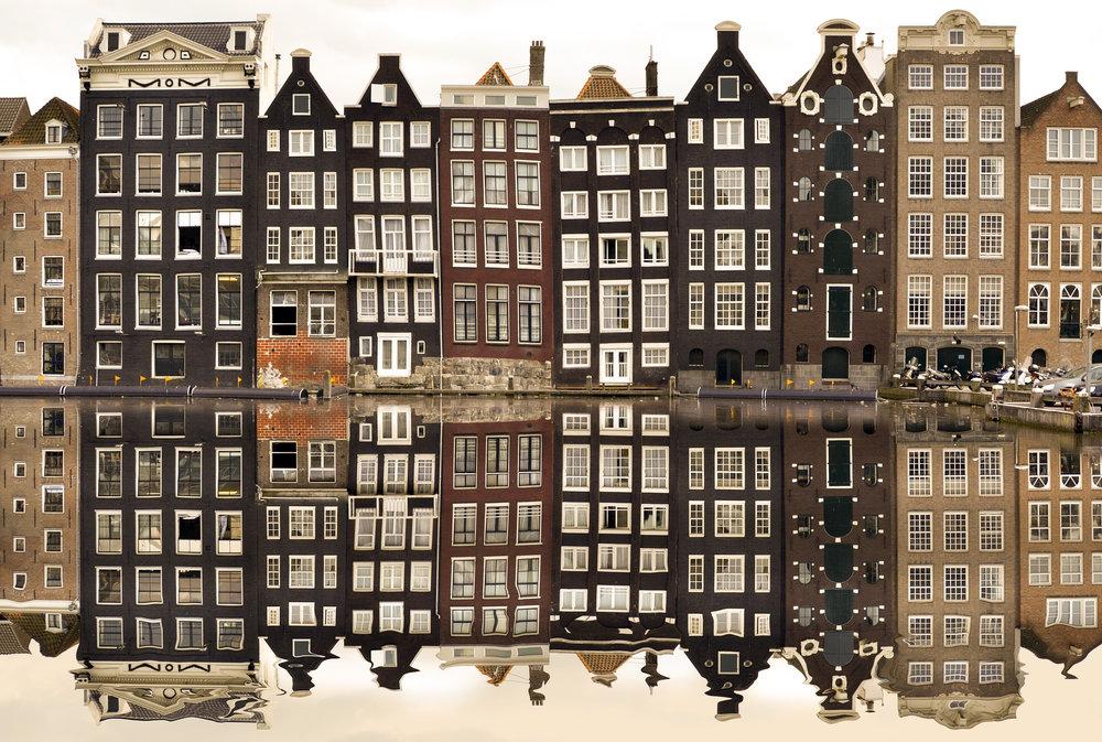 amsterdam-988047_1920 (2).jpg