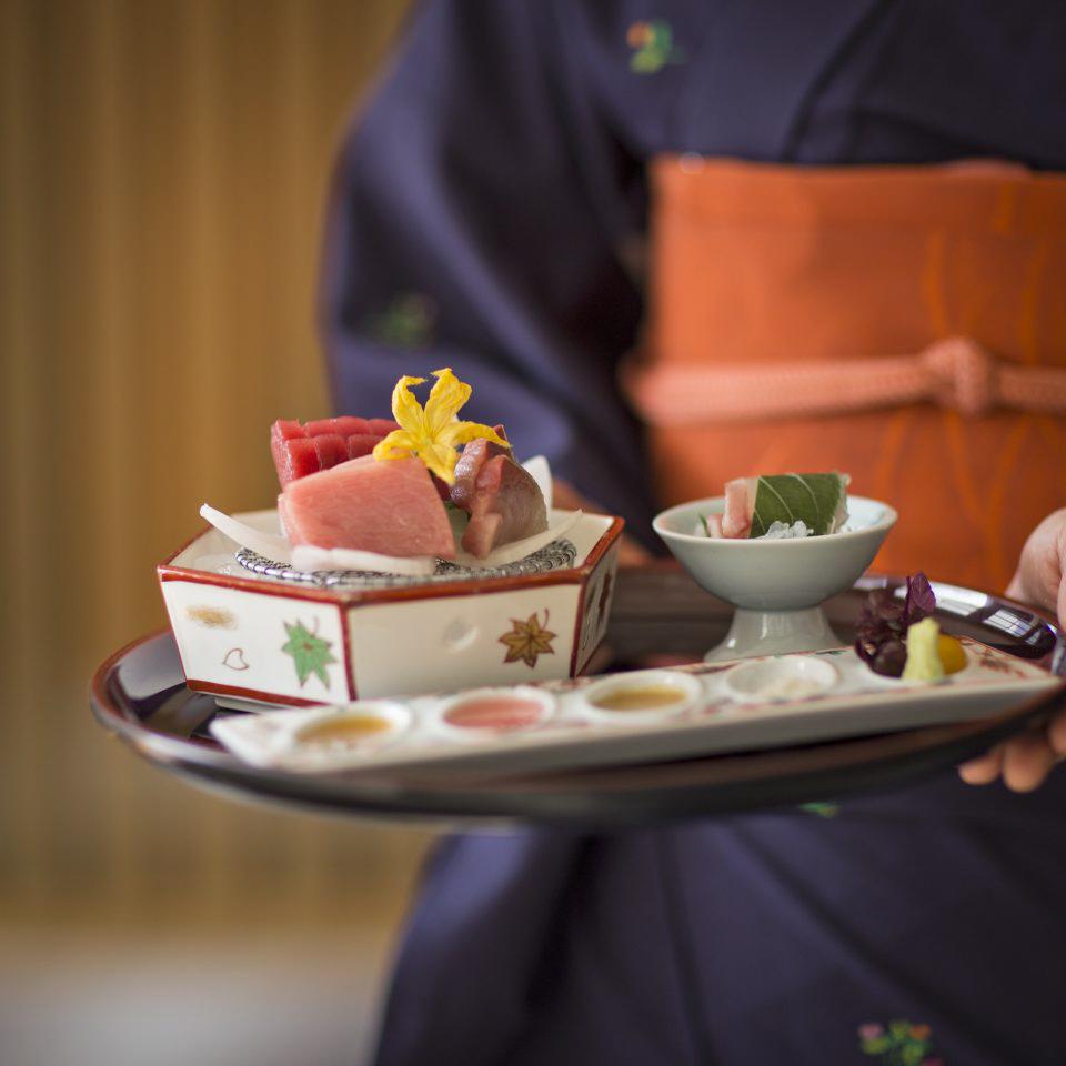 Hotel-Okura-Amsterdam-Yamazato-Restaurant-Serving-Sashimi-960x960.jpg