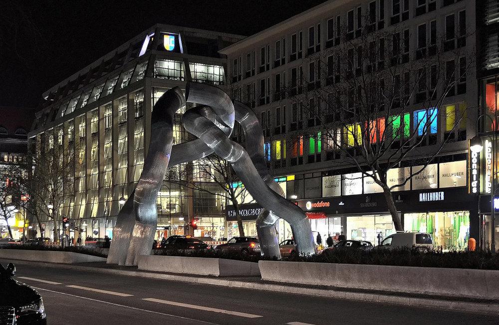 berlin-2252349_1920 (2).jpg