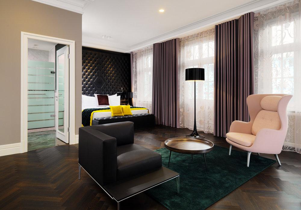 lux1359gr-194616-Brockhaus Suite - Bedroom.jpg