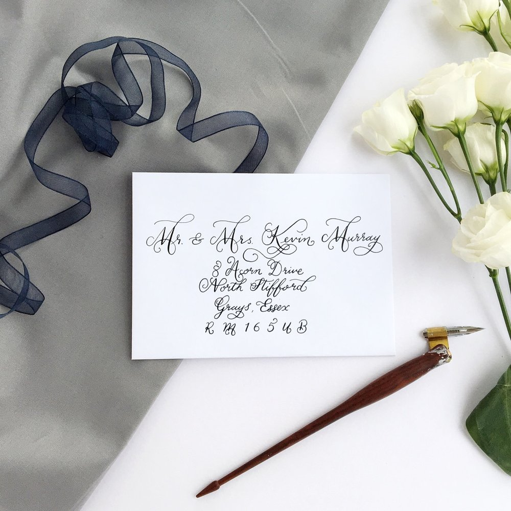 Calligraphy - Iona / Layout - Centered