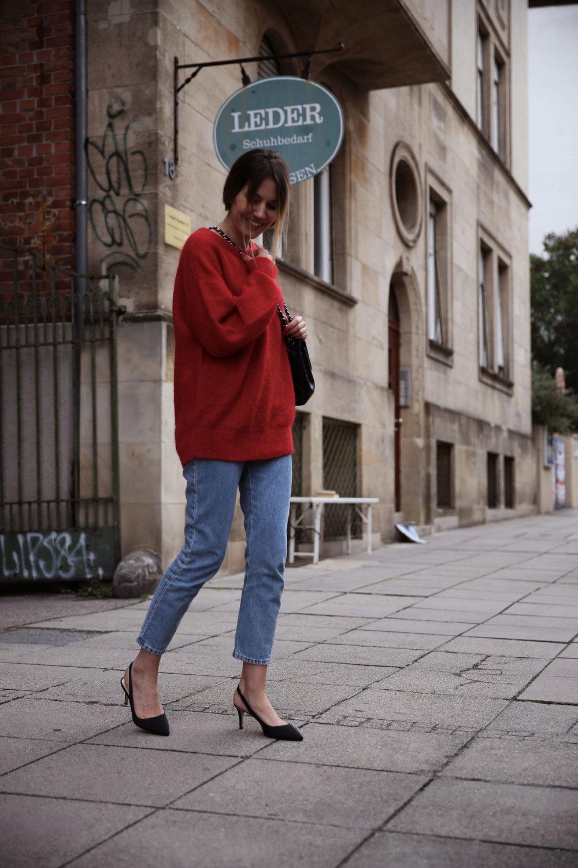 Red-knit-2.jpg
