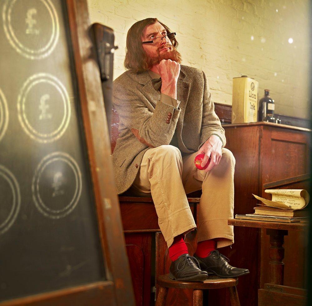 lecturer-thinker16437b.jpg
