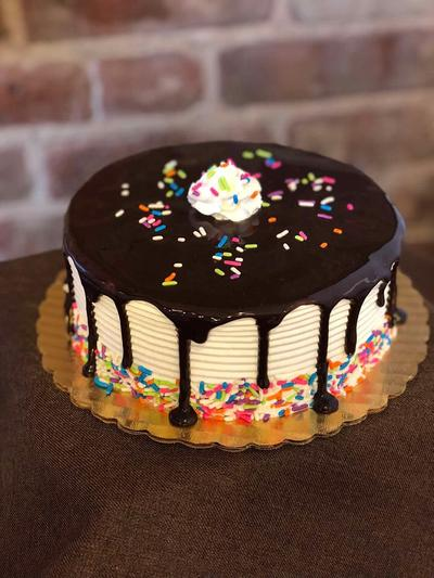 CLASSIC CAKES - The cakes in this section have been created to resemble popular flavor combinations that our customers have traditionally loved.
