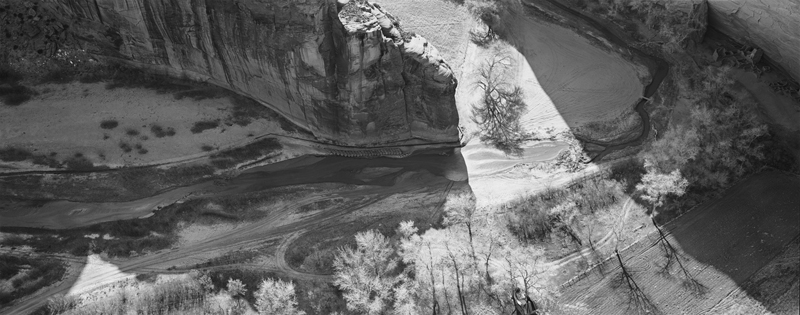 Canyon de Chelley, Riverbed 1993 {funnel of light]
