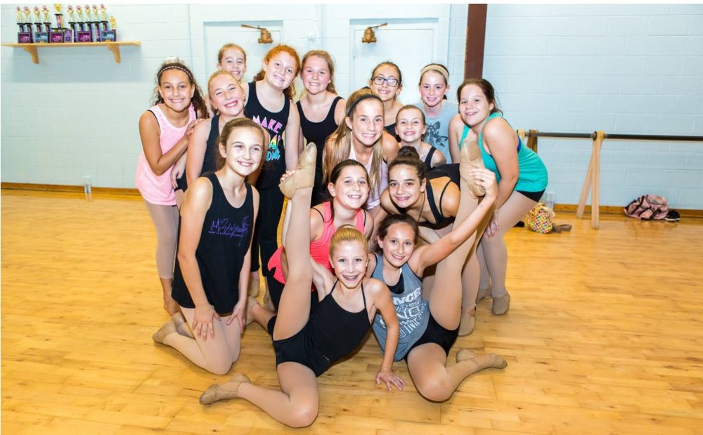 Junior pre-teen dance class jazz dance at Music In Motion in Virginia Beach