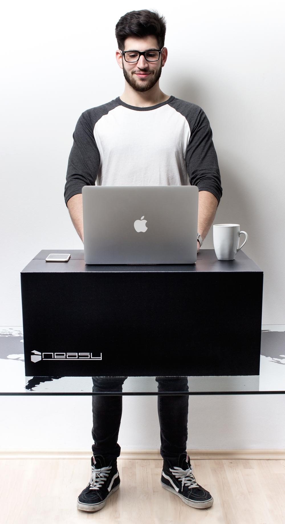 Im Stehen gesünder arbeiten Standing Desk