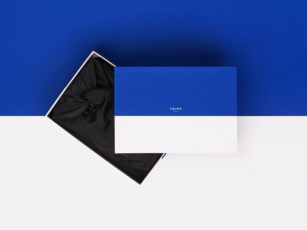 BoxAboveProduct2LR.jpg