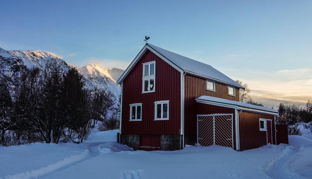winter guesthouse 2-1.jpg