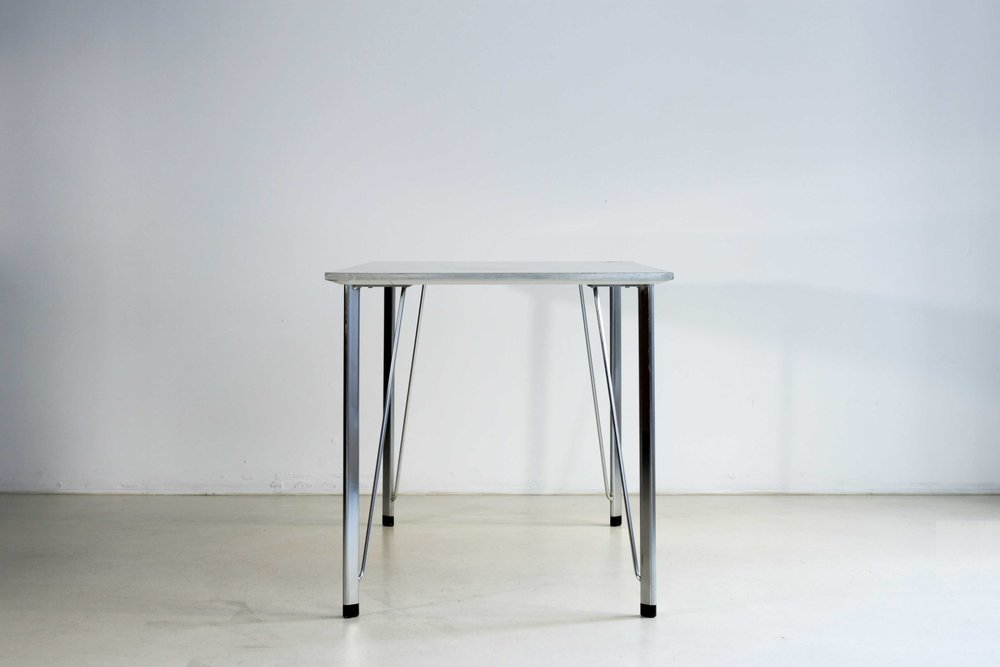 table-jacobsen-3.jpg