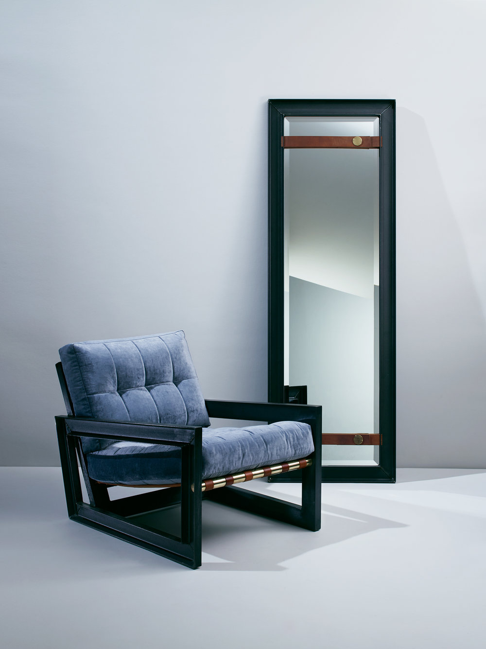 PS1_Chair_Mirror_COMP_R1_Blue_2500pxl.jpg